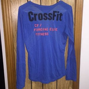 💙Blue long sleeve CrossFit shirt medium💙